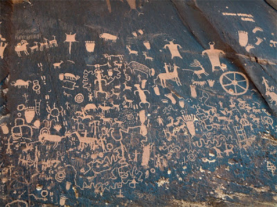 Newspaper Rock petroglyphs utah