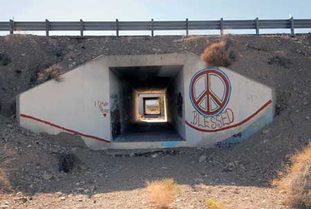 Peace-camp-tunnel-graffiti